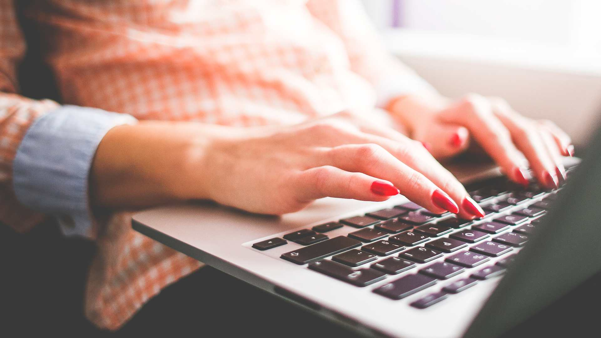 Jak skutecznie prowadzić działania marketingowe w Internecie?